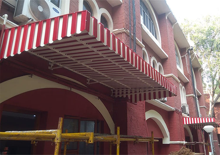 Aluminium-Awnings-Entrance-1