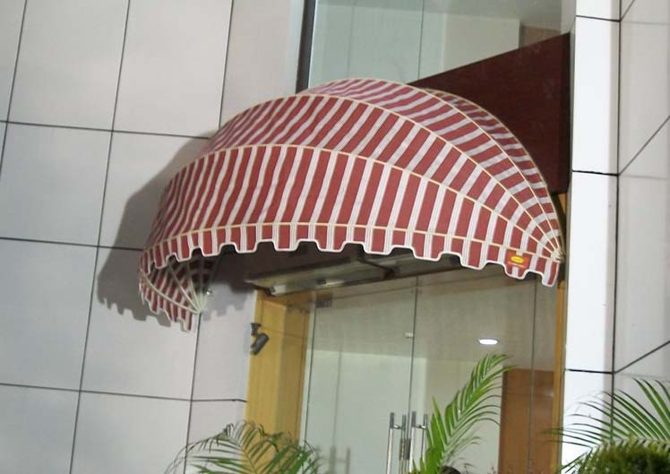Retractable-Awnings-15