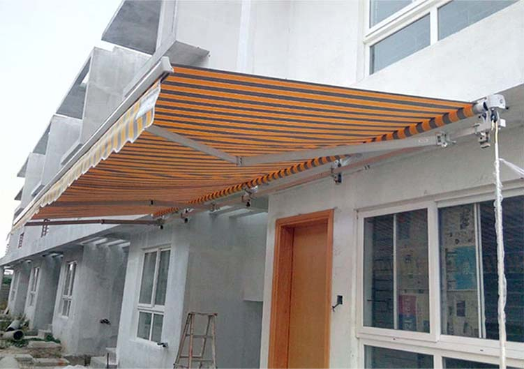 Retractable-Awnings-2