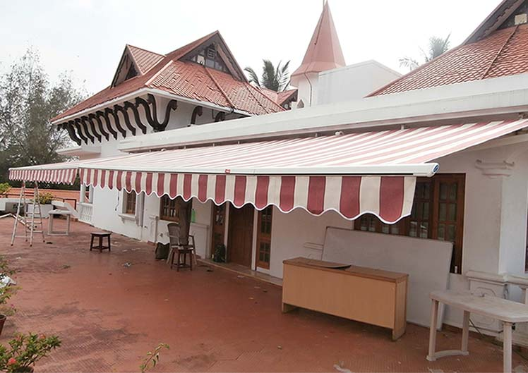 Retractable-Awnings-23