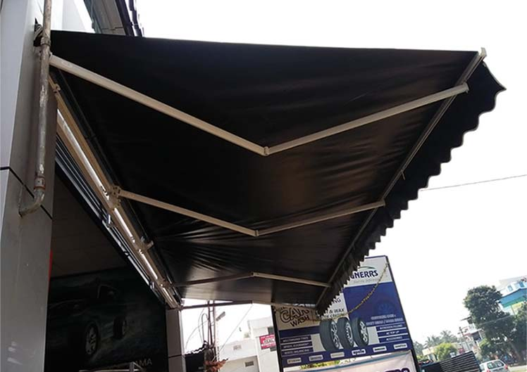 Retractable-Awnings-6