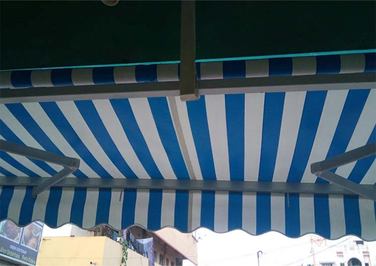 Retractable-Awnings-5